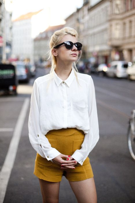 Mustard yellow: White Collars, Yellow Shorts, Summer Day, Color, White Shirts, Street Style, White Blouses, Mustard Yellow, High Waist Shorts