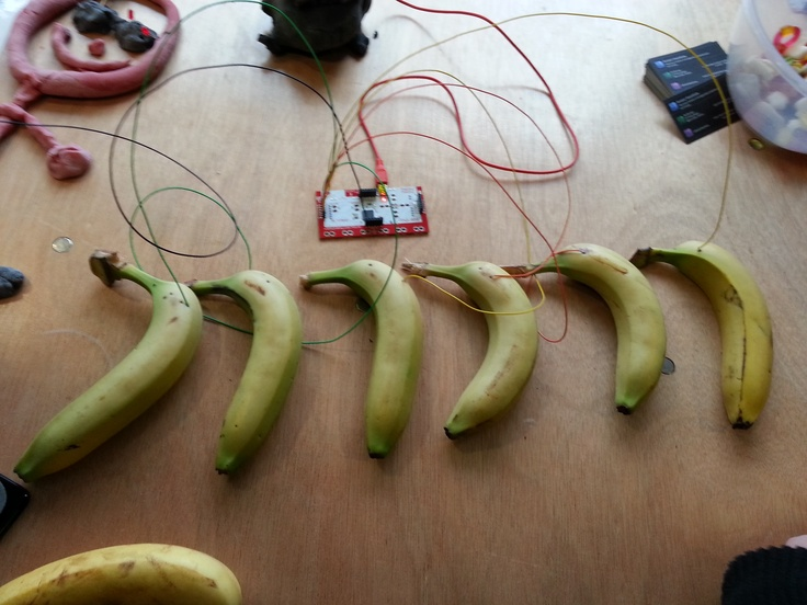 Fruit Controlled Synth at the Bristol Mini Maker Faire.