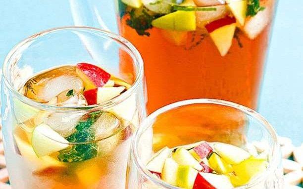 Συνταγές για δροσιστικό και θρεπτικό παγωμένο τσάι χωρίς θερμίδες
