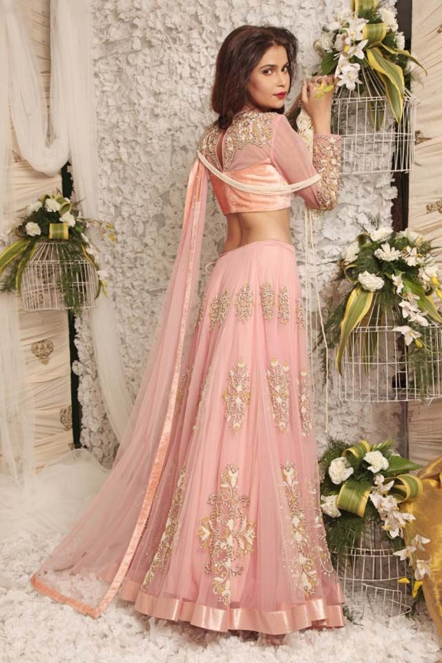 light pink lehanga with golden embroidery