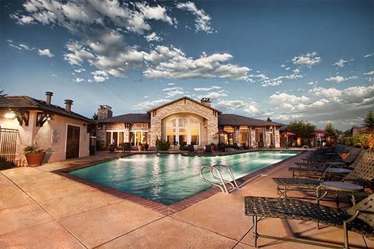 Highlands Ranch Luxury Apartments Creekside At Highlands Ranch Co Highlands Ranch Luxury Amenities Luxury Apartments