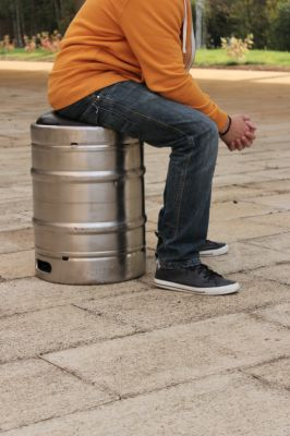 Beer Keg Stool by Lloyd Roberts Reuse Material: Metal Beer Barrels