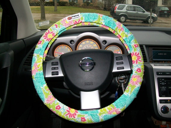 Lilly Pulitzer steering wheel cover