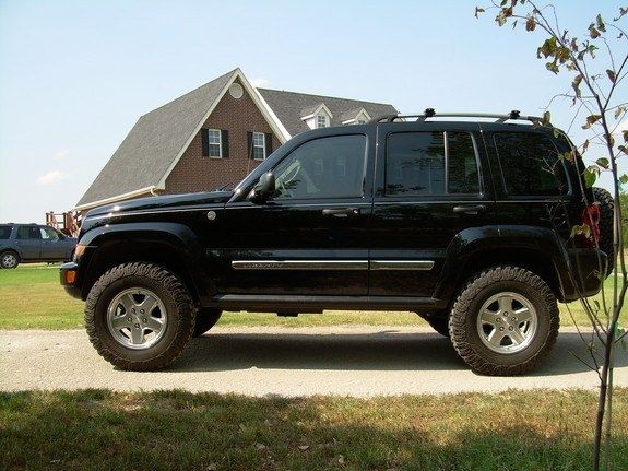 1000 ideas about jeep liberty on pinterest jeeps 4x4 and jeep wrangler yj. Black Bedroom Furniture Sets. Home Design Ideas