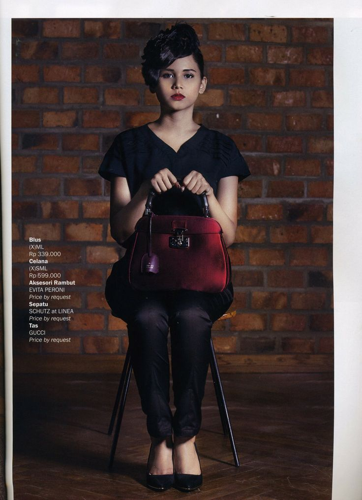 (X)S.M.L Blouse and Pants are appeared on Kartini - November 2013