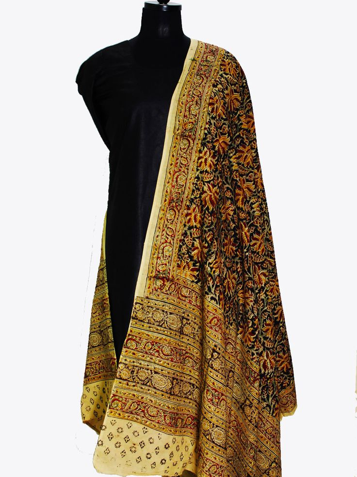 Red and yellow flower, Mulmul Kalamkari dupatta