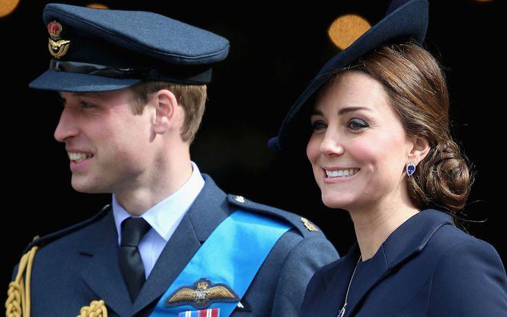 Britisches Königshaus - 5 Fakten zum Royal Baby: Wann wird es geboren? Wird es ein Mädchen oder ein Junge? Wie wird es heißen? Wir fassen die wichtigsten Infos zusammen und enthüllen Spekulationen.
