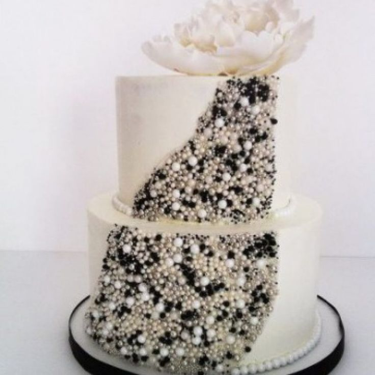 Edible Cake Decorations Diamonds : 25+ best ideas about Edible diamonds on Pinterest ...