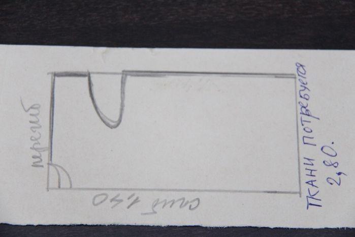 Схема льняного платья, белого и желтого.  как таковой проймы нет, ширина рукава примерно 27-30см, в желтом уже, в белом шире.  Получается мы берем ткань шириной 140 и длиной 280 ,складываем ее пополам -это получается длина платья. и еще раз пополам складываем уже ширину и кроим. А вот ширину рукава отмеряли 30 см и потом идет косая линия к талии,  ширину платья откладываете: обхват груди плюс на свободу облегания