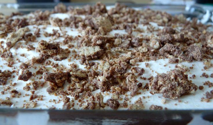 Kit Kat Dessert | Painlessly Delicious