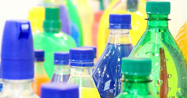 Los tapones de origen vegetal, fabricados a partir de materias primas reciclables son tendencias que propone el mercado de la tecnología de cierre