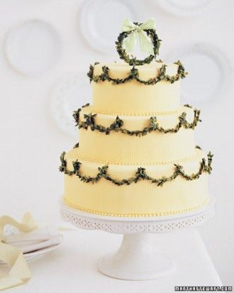"See the ""Greenery Wedding-Cake Garland"" in our  gallery"