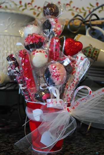 Valentine Bouquets with cake pops, chocolate covered pretzels and chocolate covered Oreos