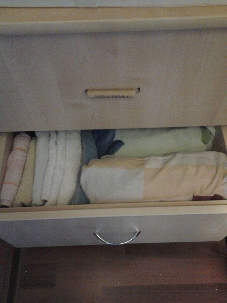 Хранение полотенец и постельных комплектов.
