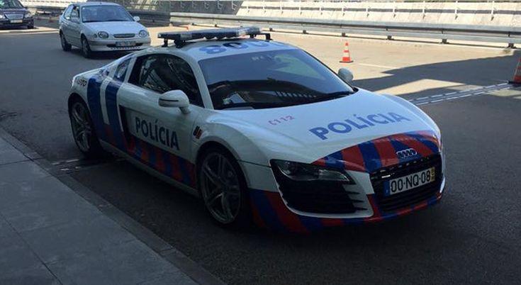 audi r8 police du portugal cr dit photo c bellon les voitures de police les plus folles de. Black Bedroom Furniture Sets. Home Design Ideas