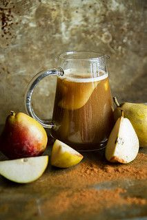 Bourbon Spiced Pear Cider | HeatherChristo.com #ThirstyThursday