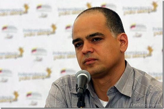 """El vocabulario """"chévere"""" del ministro de turismo venezolano (incluye palabrotas) - http://www.leanoticias.com/2014/02/15/el-vocabulario-chevere-del-ministro-de-turismo-venezolano-incluye-palabrotas/"""