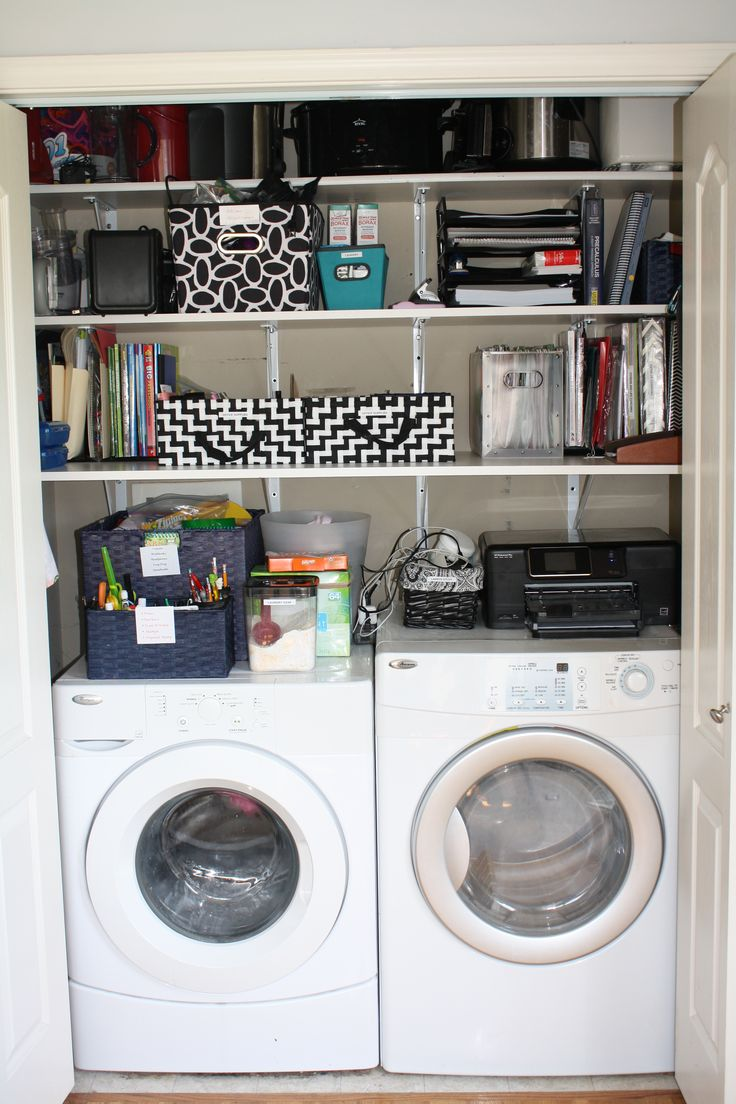How to organize your laundry closet- Pro- Organizer shows how she organizes her laundry closet/ office space.