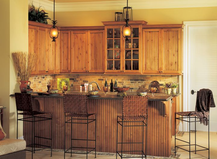 honey oak kitchen cabinets wall color rustic alder in a honey stain with chocolate glaze rustic 16602