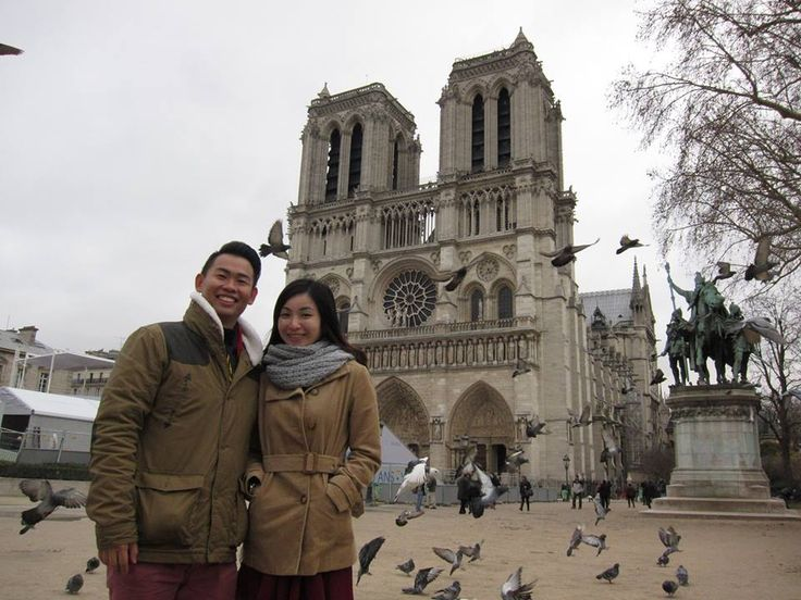 Kenneth and his girlfriend, from Singapore, in front of the Notre Dame. Thanks for sharing! :) www.culturefishtours.com