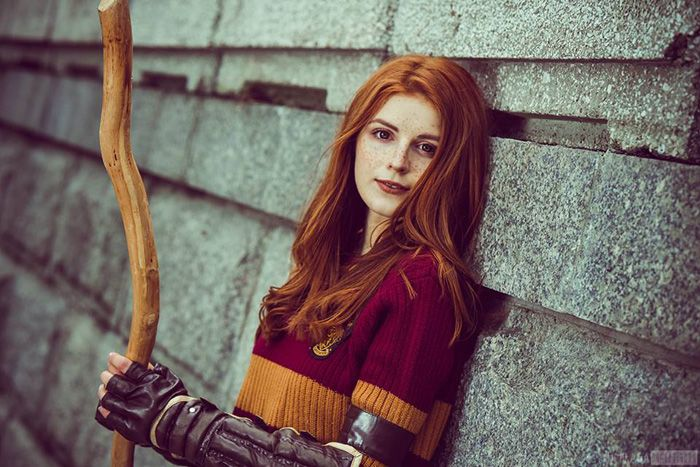 Ginny Weasley From Harry Potter Cosplay Harry Potter Photography Harry Potter Cosplay Weasley Harry Potter