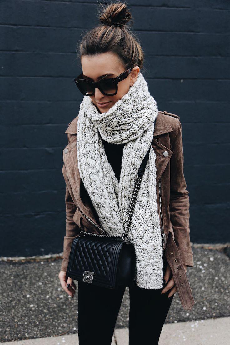 Suede Moto Jacket | Black Skinny Jeans | Chanel Boy Bag | Winter Fashion