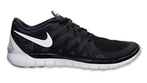 Men's Nike Free running shoes on sale! My husband would wear these every single second if he could! #nike #mensfashion #menswear #athletic #running #shoes