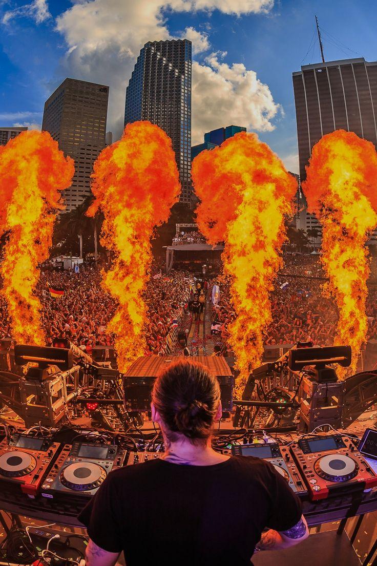 Steve Angello ~ Ultra Music Festival | rukes.com