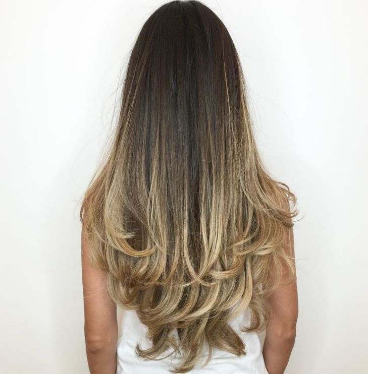 Extra Long Balayage Hairstyle With Layered Ends Kolay Sac Modelleri Sac Rengi Sac