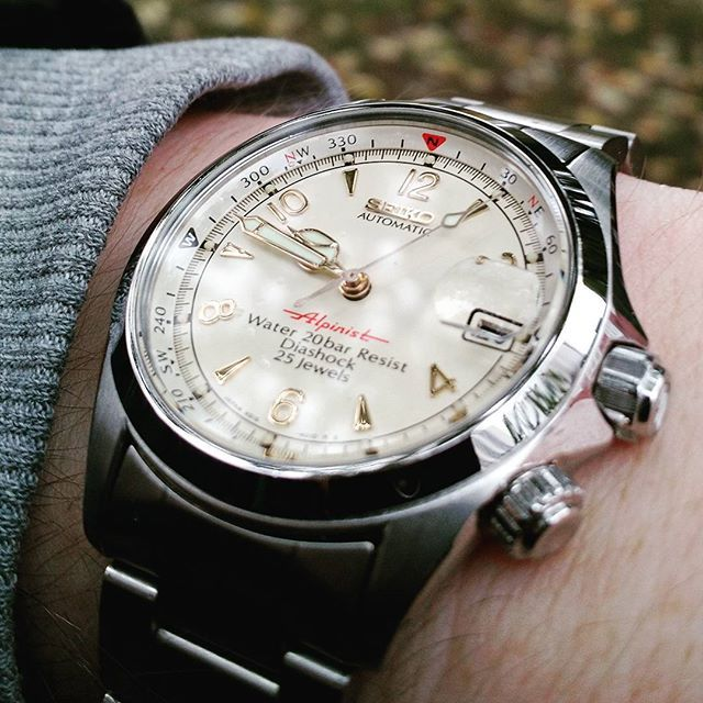 "Seiko ""red"" Alpinist, so-called because of the red -Alpinist- on the dial. The cal. 4S15 movement is really nice in these. #Seiko #seikoalpinist #seiko4s15 #seikoredalpinist #seiko200m #seikohighbeat #seikoautomatic #seikowatch"