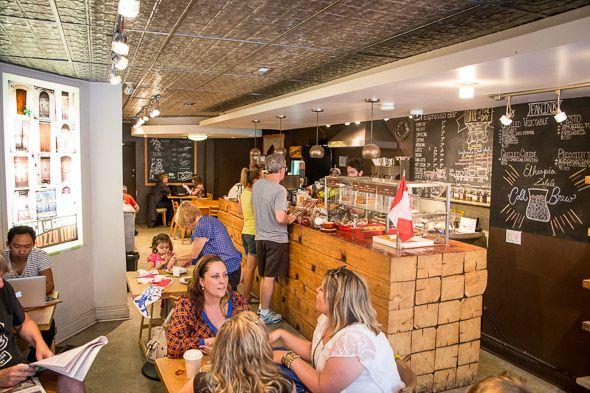 Lit Espresso Bar on Roncy