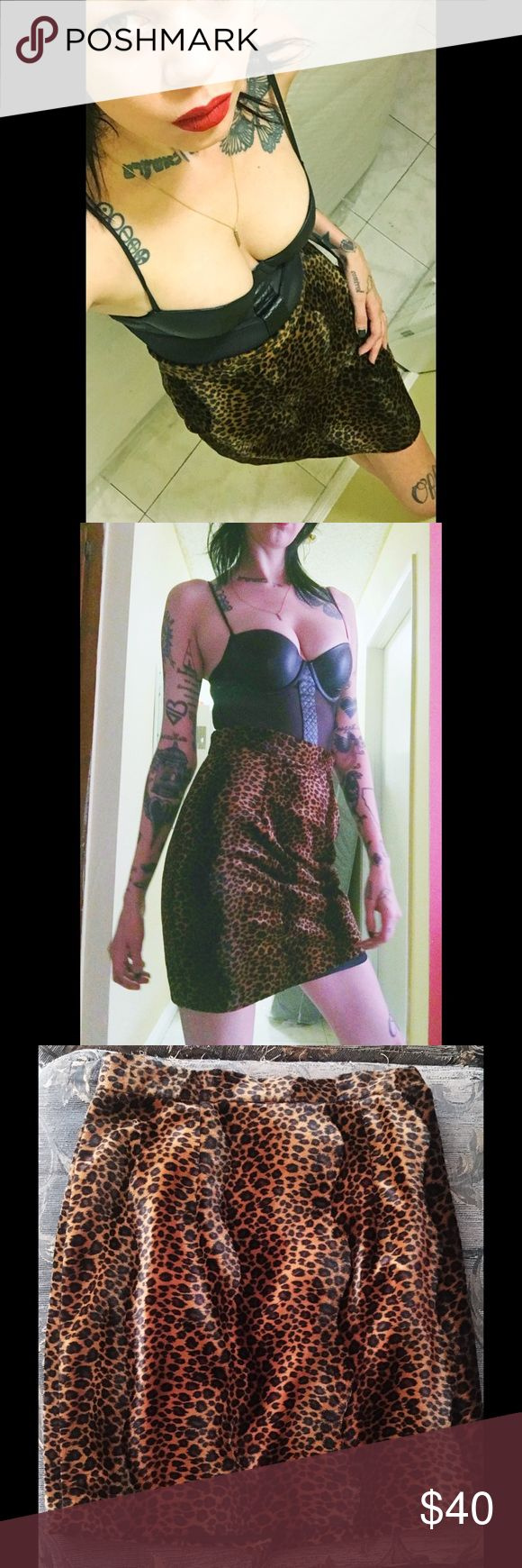 "🖤 Best Leopard Pencil Skirt In The World 🖤 I have been searching high & low for the ultimate faux fur high waisted leopard print pencil skirt, & I FOUND IT, & then it didn't fit me. 😭 Vintage 90's size 8, & actually pretty close to a modern size 8, too:   * 14.5"" waist (laid flat) * 19.5"" at widest hips (flat) * 19.5"" top to bottom   In beautiful condition, looks unworn & feels soooo plush, like a stuffed animal. A must have for any punk, goth, riot grrrl, pin up wardrobe 🖤 Skirts Pencil"