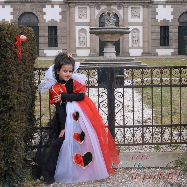 regina di cuori cucito creativo costume carnevale per bambina Queen of hearts kids costume