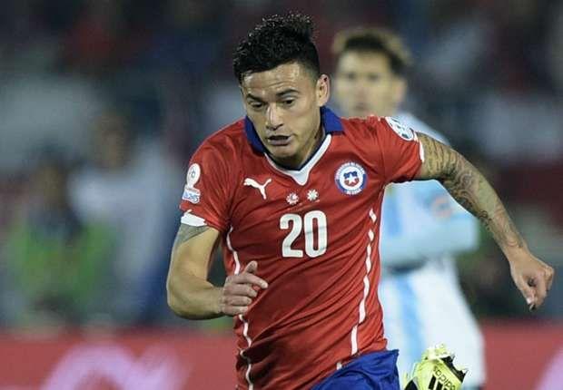 Aranguiz makes the cut for Chile's Copa America defense