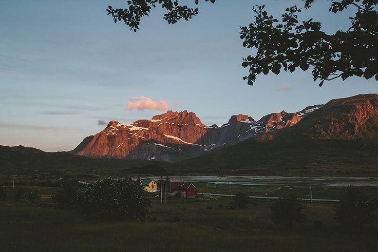 Midnight Sun // Flakstadøya - Lofoten, Norway