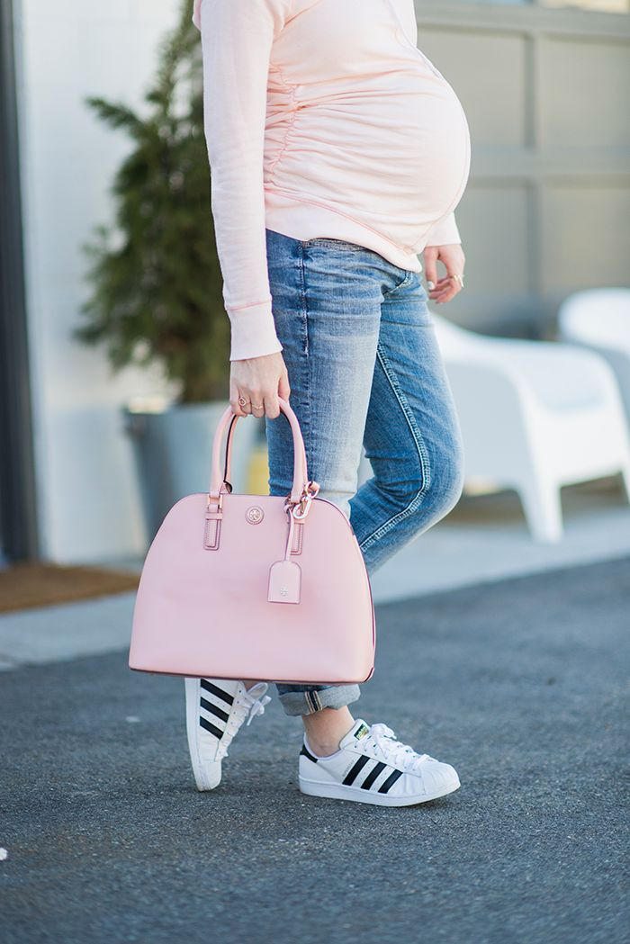 Cute Maternity Jeans outfit #silverjeans