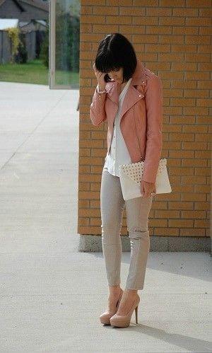 ピンクのライダースジャケットコーディネート