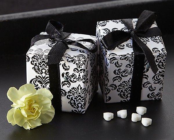 Classic Damask Favor Box In Black White
