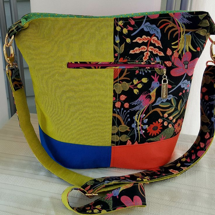 CUSTOM  ordered  funky Bonnie bucket bag by Swoon patterns.off to her new home in Australia!