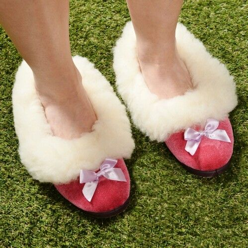 fur slippers mens