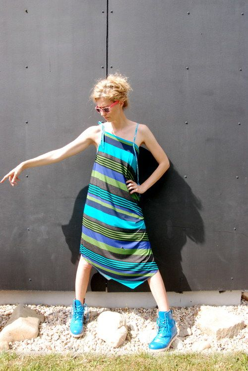 Pruhované šaty s tkaničkami... by Wasabinka
