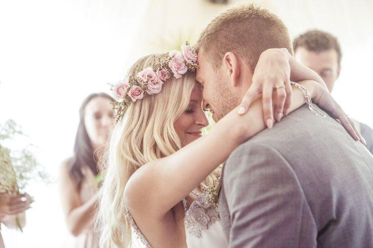 Emilie & Jonathan : un mariage romantique au Québec. Photo : Camille Marciano