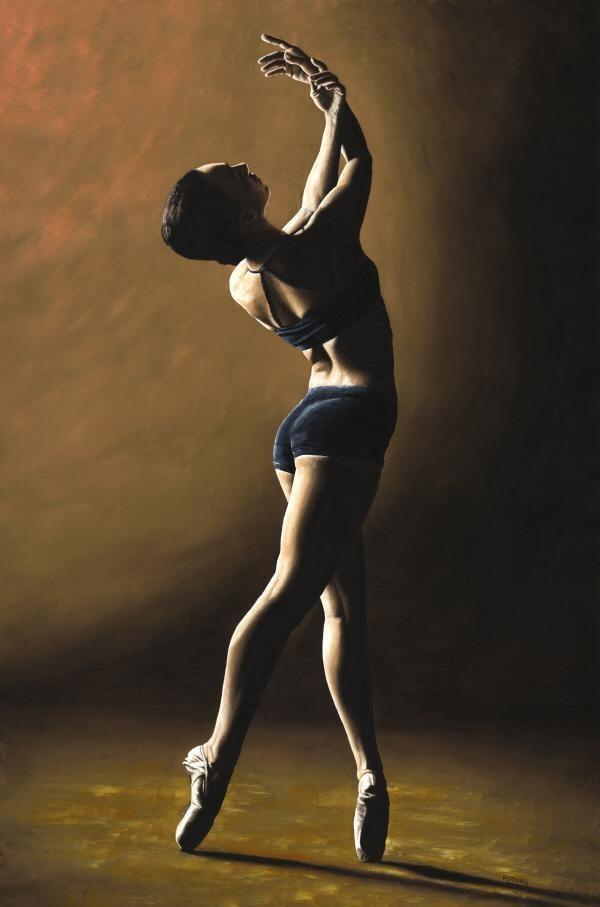 Classic pose ... classic lighting. Ballet beautie, sur les pointes !