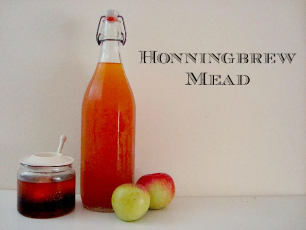 I love all things Skyrim and this Honningbrew Mead recipe is defiantly worth a try! #skyrim