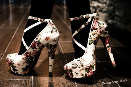 Pin by Ahri Aho on shoes