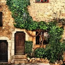 House in St Paul de Vence - France. I enjoyed wandering the streets of this village.  I felt at home here.