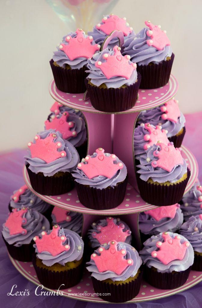 Pink tiara cupcakes www.lexiscrumbs.com