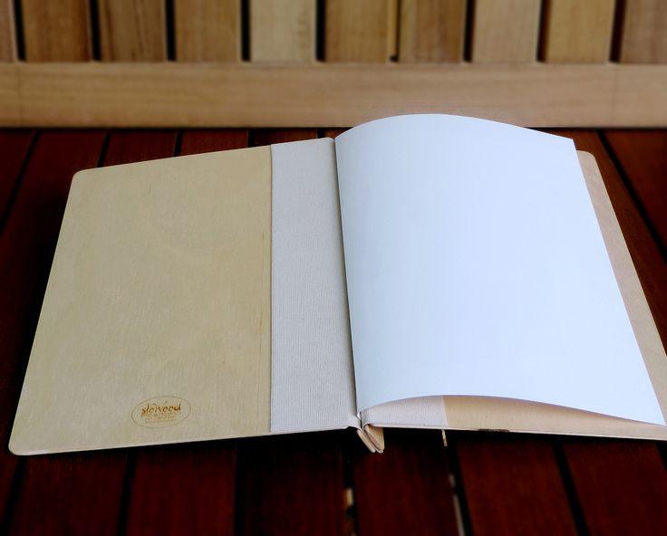 Qualità artigianale e soluzioni su misura per i portamenu firmati slowood positano!