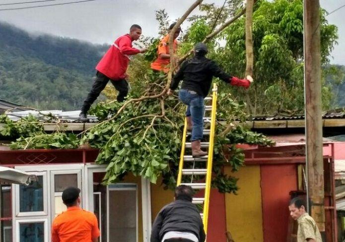Beberapa Wilayah di Sumatera Barat Dilanda Banjir dan Longsor Akibat Cuaca Ekstrim