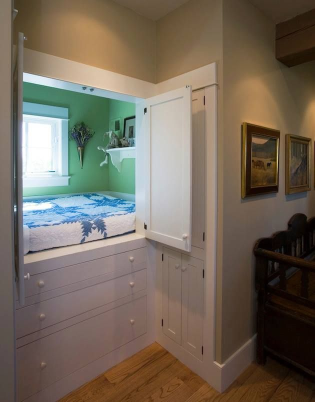 Great idea for tucking away a cozy sleeping nook in a tight space. Would be great to put a lean-to addition on a small house,
